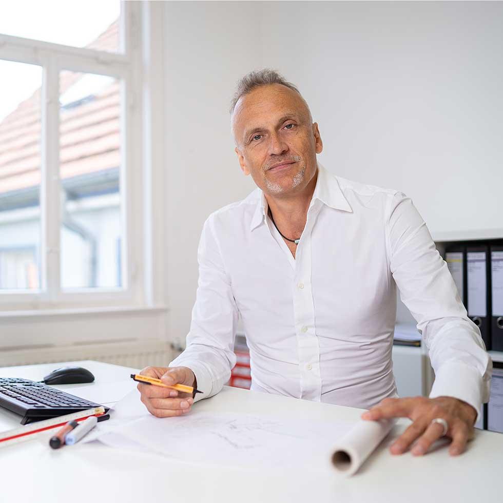 Rolf Müller Portrait, Entwurf und Gestaltung